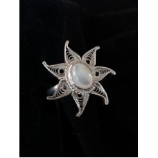 Star filigree ring