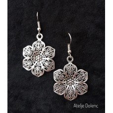 Alpaca Filigree flower